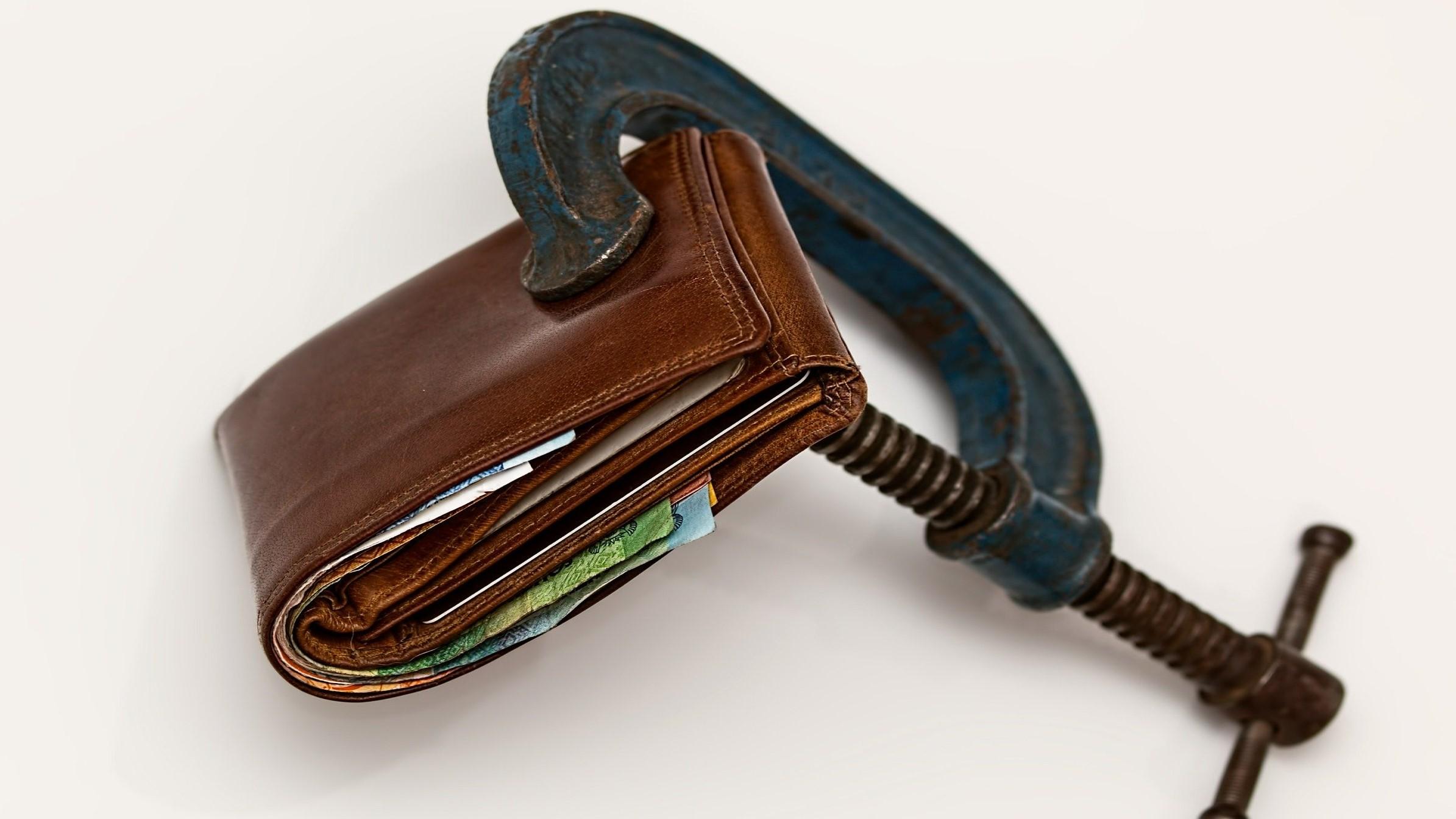 Contestación de demanda de pago de beneficios sociales